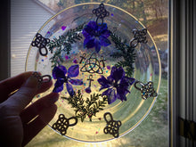 Load image into Gallery viewer, Purple Triquetra Plate