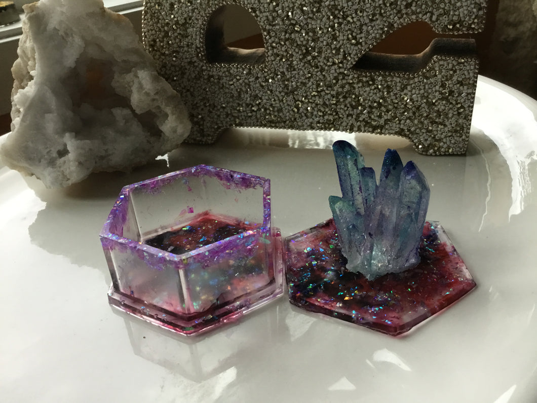 Red/Blue Crystal Box