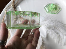 Load image into Gallery viewer, Green Peridot Trinket Box