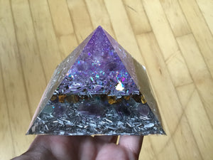 Small Purple Tiger Eye Pyramid