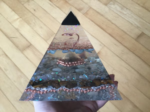 Deluxe Copper Ring Pyramid