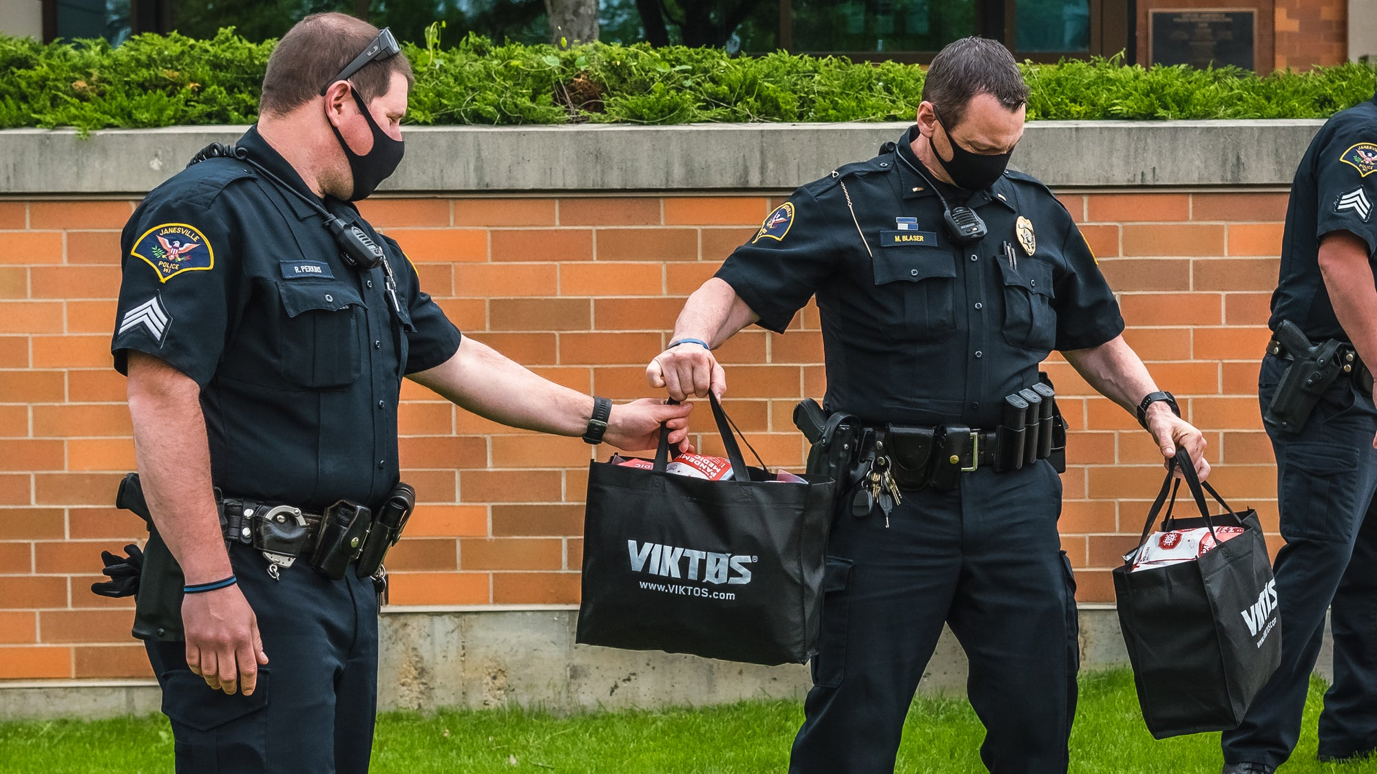 VIKTOS and MyMedic™ donate 200 Pandemic Medic™ kits to Janesville, WI Police and Fire