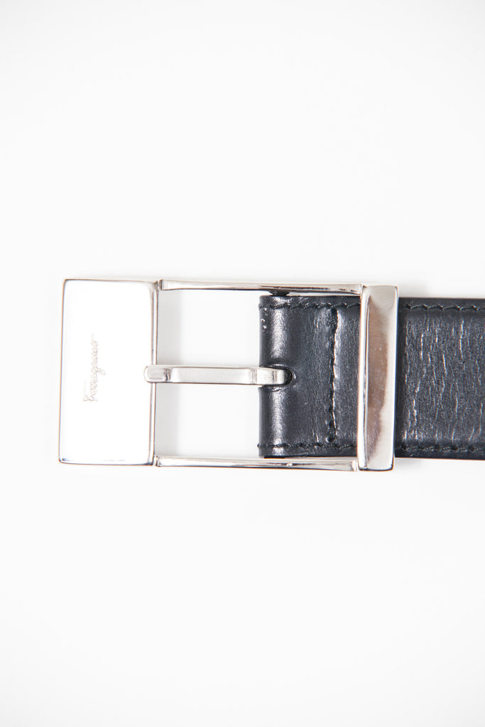 Narrow leather belt by Salvatore Ferragamo