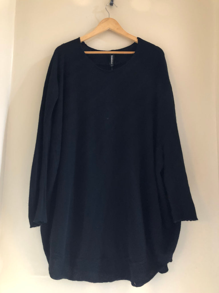 Rounded Cashmere Tunic by Rundholz