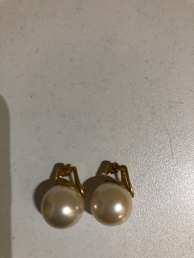 Pearl Stud Earrings by Christian Dior