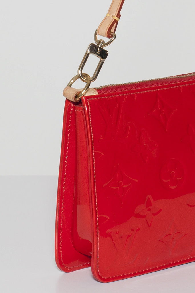 Vernis pochette by Louis Vuitton