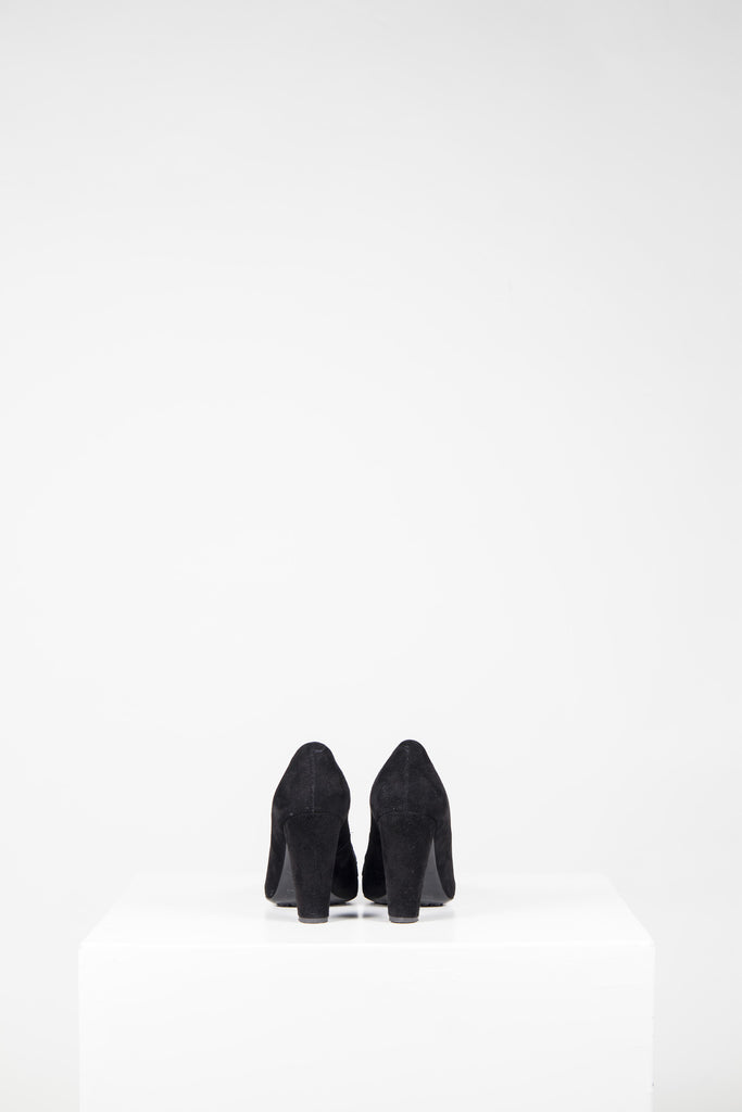 Suede court shoes by Tods
