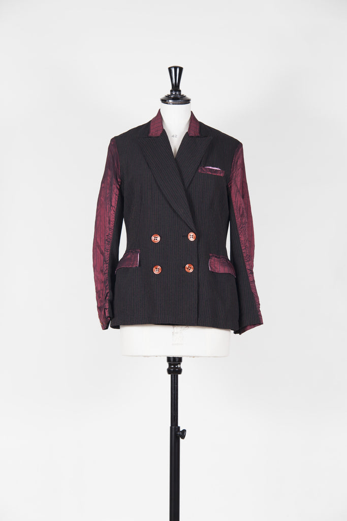 Pinstriped contrast sleeved blazer by Voyage