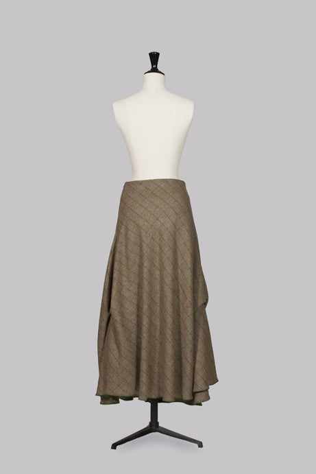 Full-length tweed skirt by Nadia Ivanova