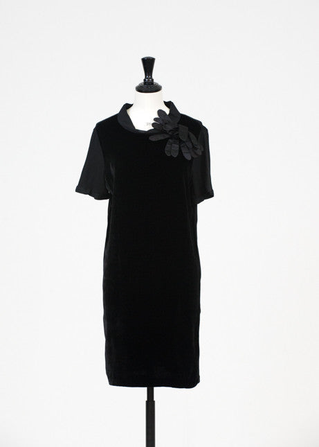 Short sleeve velvet dress by Lanvin