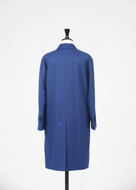 Traditional lined raincoat by Aquascutum