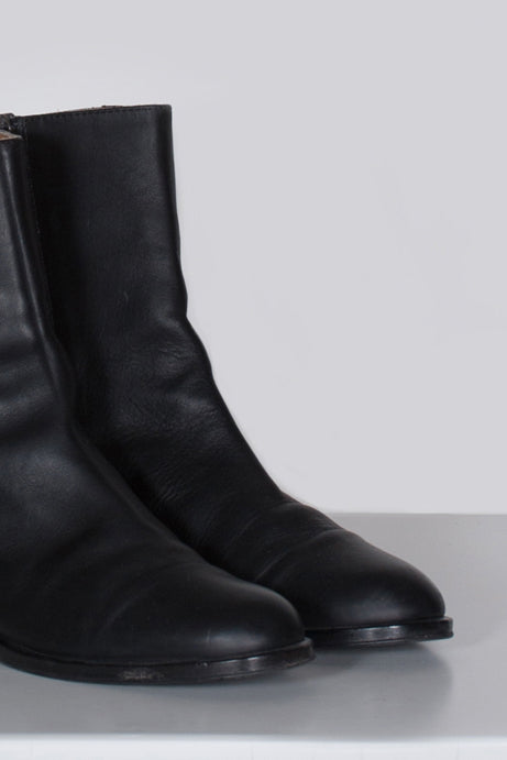 Leather ankle boots by Salvatore Ferragamo