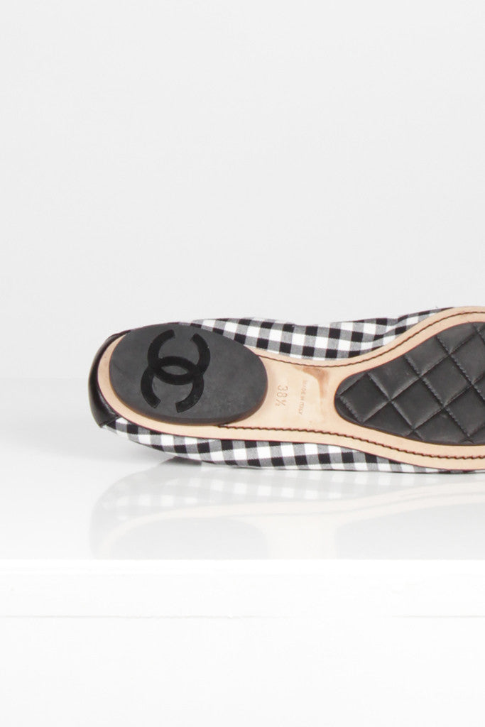 Black And White Chequered Pumps by Chanel