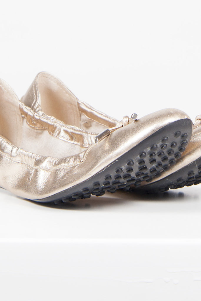 Metallic ballet flats by Tod's
