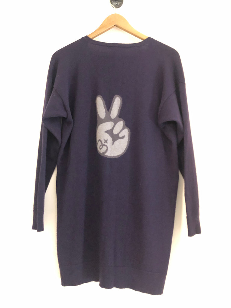 Peace Sign V-neck by Queene & Belle