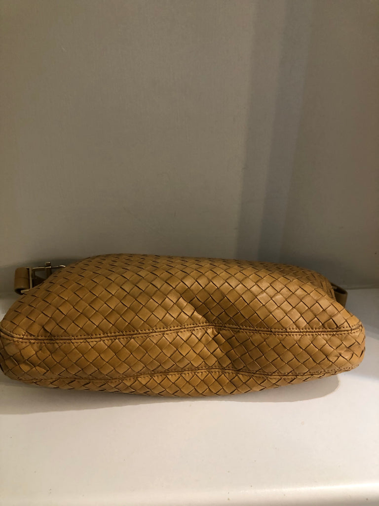 Vintage Intrecciato Woven Shoulder Bag by Bottega Veneta