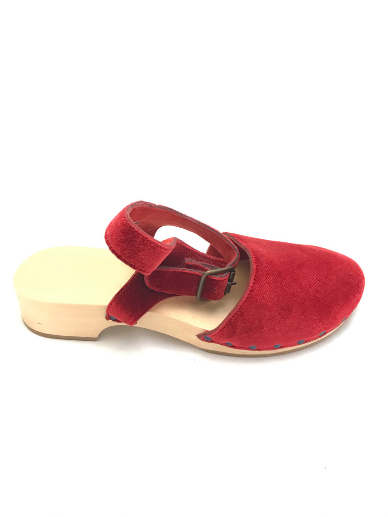 Velvet Clogs by Daniela Gregis