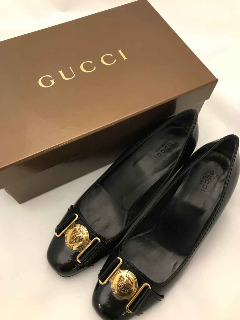 Shield Courts by Gucci