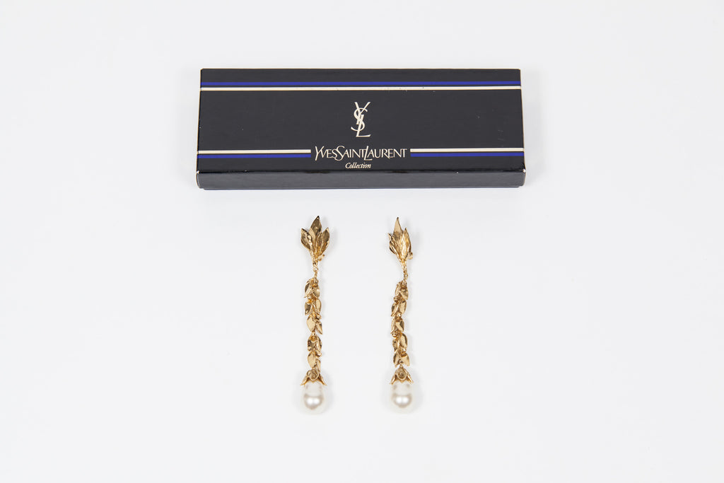 Long leaf earrings with pearl by Yves Saint Laurent