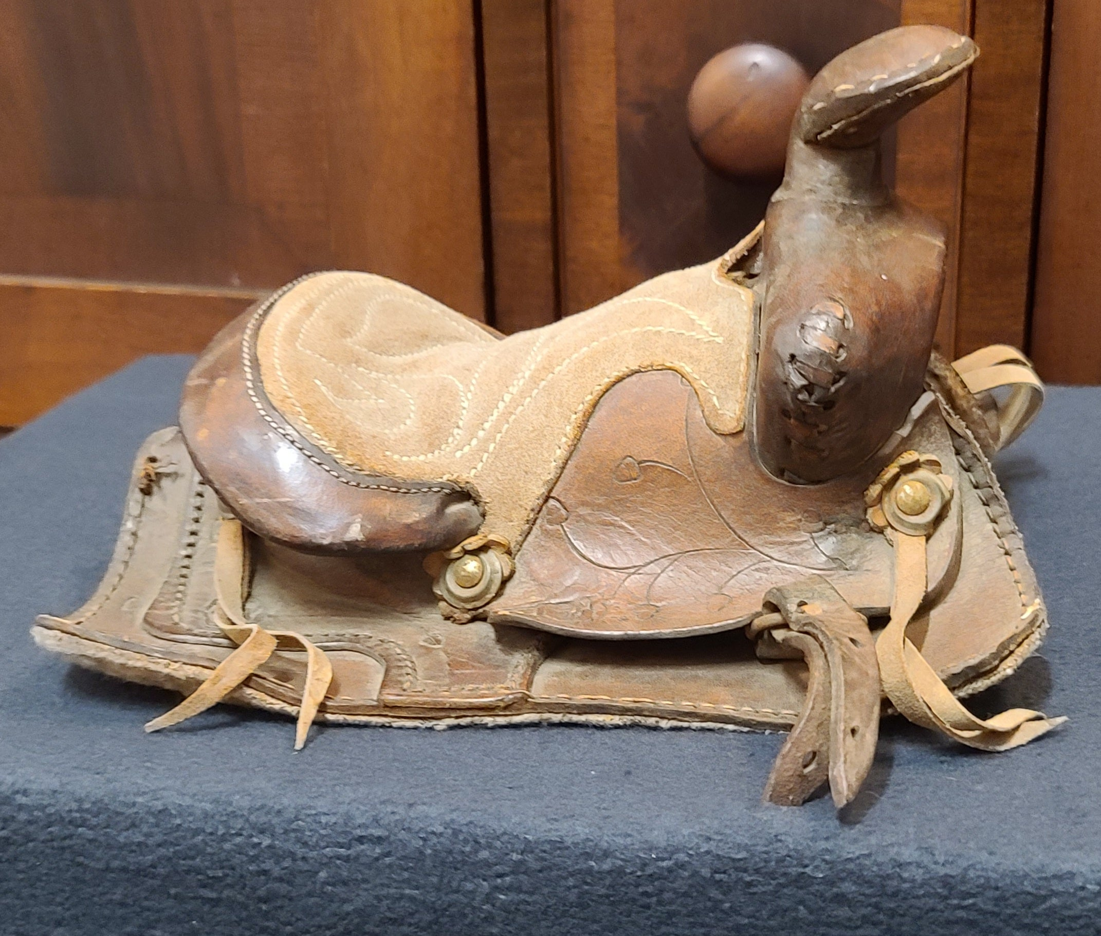 Vintage Salesman sample miniature saddle