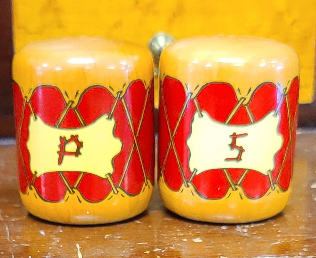 Vintage Palm Canyon Indian drum salt & pepper shakers