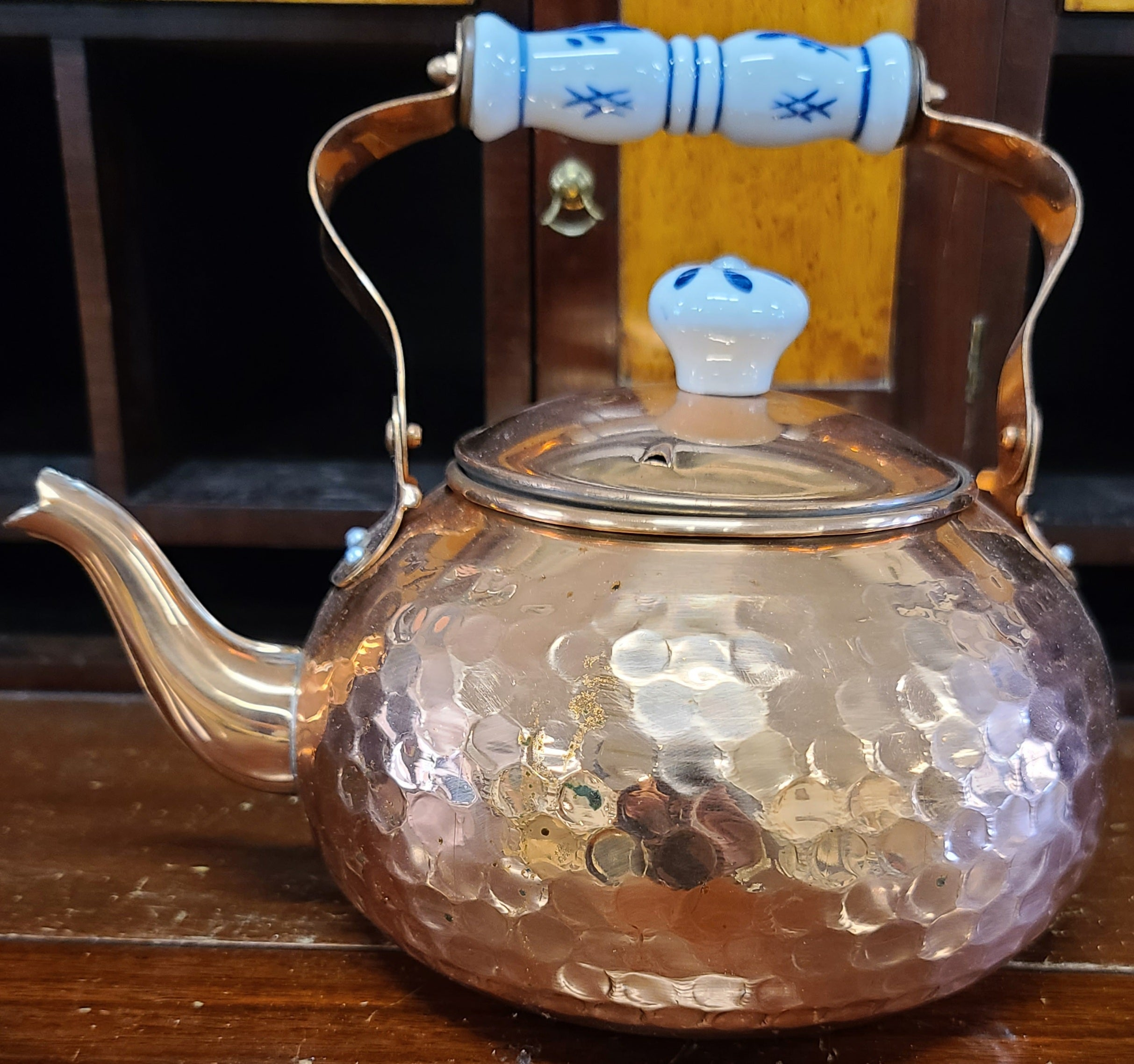 Vintage solid copper 2 quart tea kettle