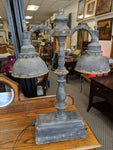 Shabby-chic iron lamp