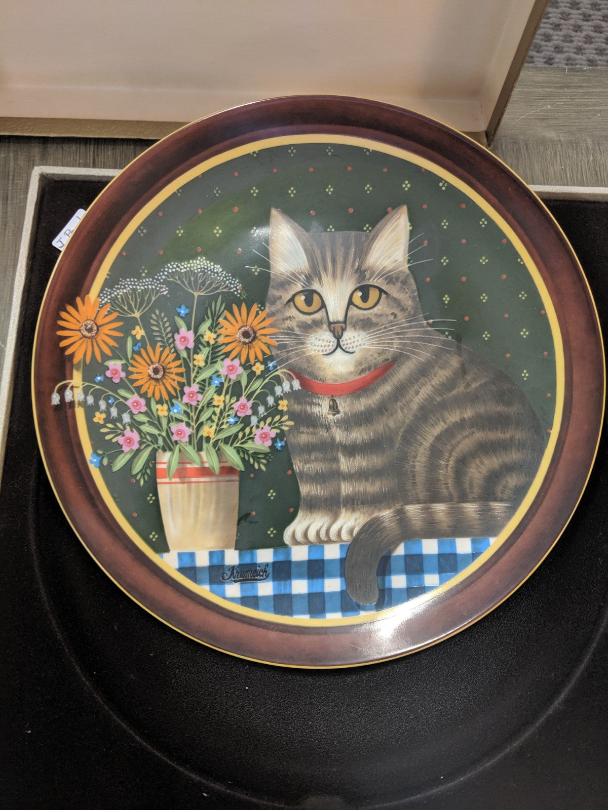 "Anna Perenna ""Oliver's Birthday"" decorative plate,"