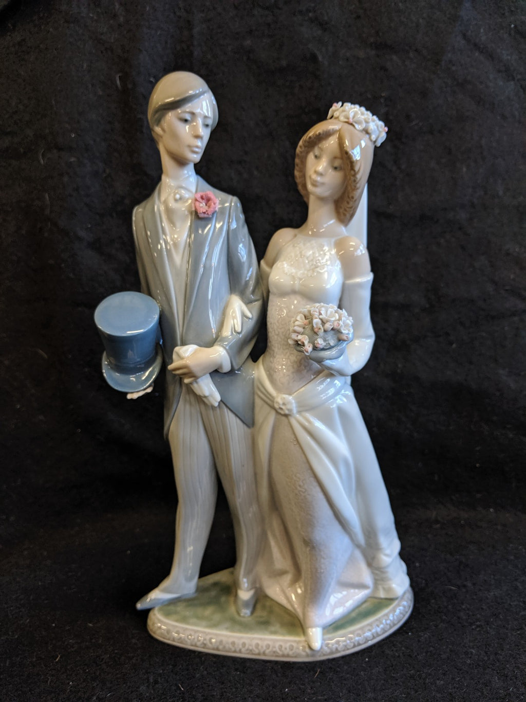 "Lladro ""Boda Arrogante"" #1404 Wedding Day"