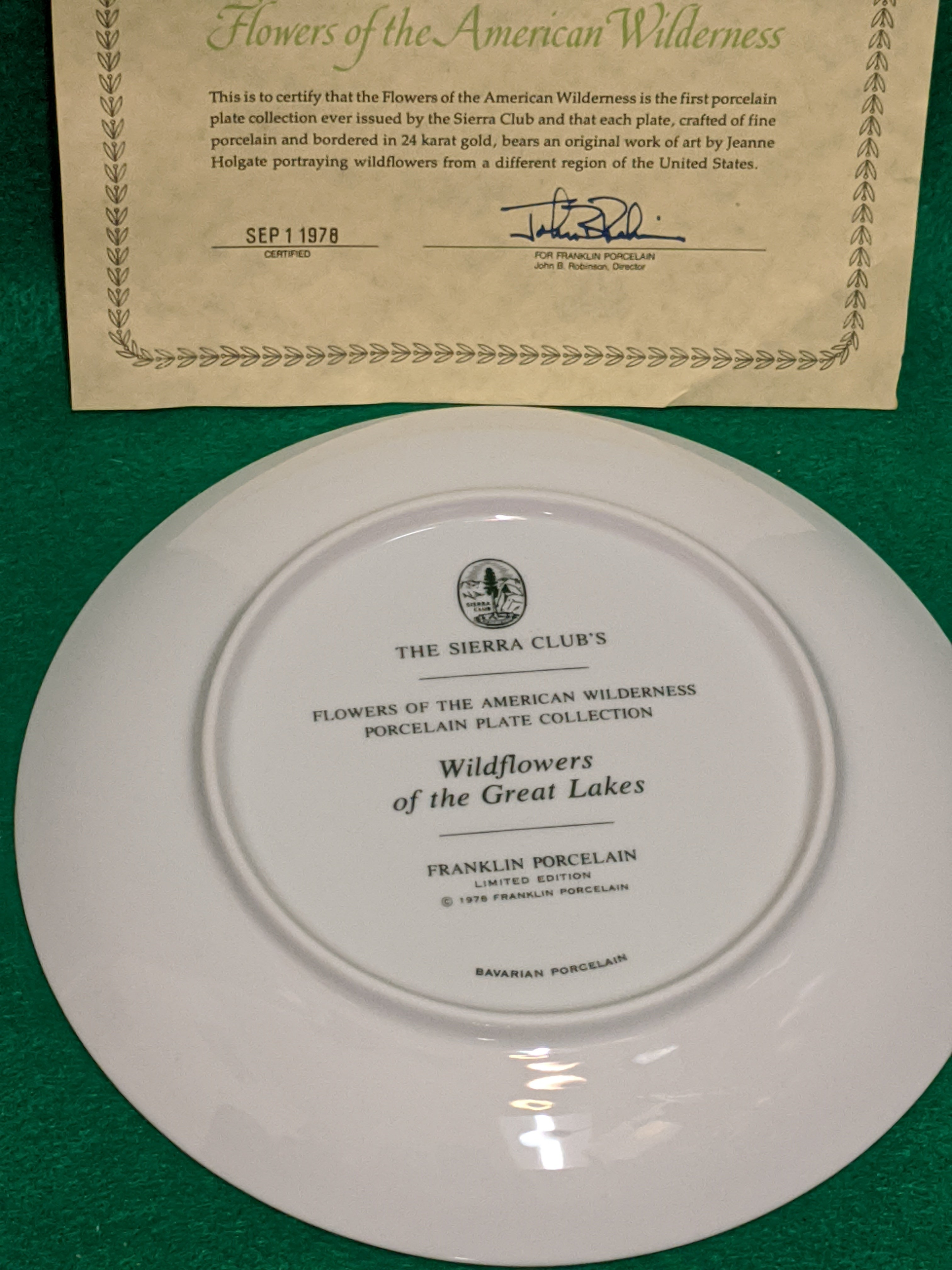 "Franklin Mint Wildflowers of the Great Lakes 9"" decorative plate w 24k gold"