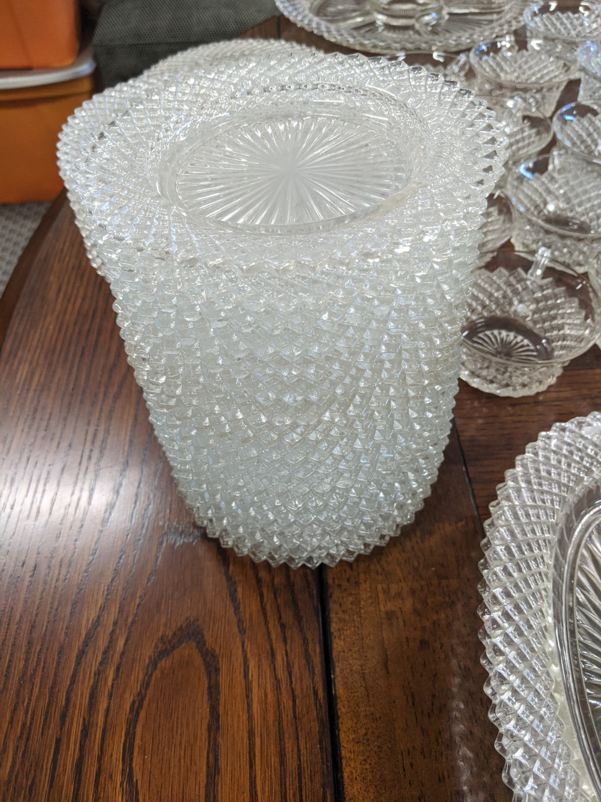Vintage Glass Star-pattern partial dinner service, 60 pcs