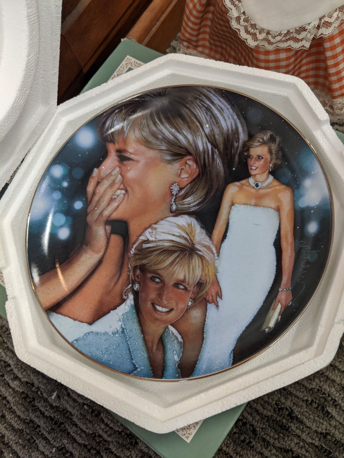 Franklin Mint Diana, Princess of Wales heirloom decorative plate #HB2412