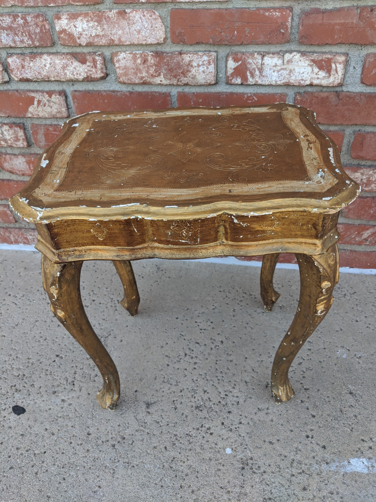 Vintage gold gilt side table