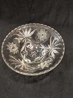Vintage tri-foot crystal glass bowl, 7""