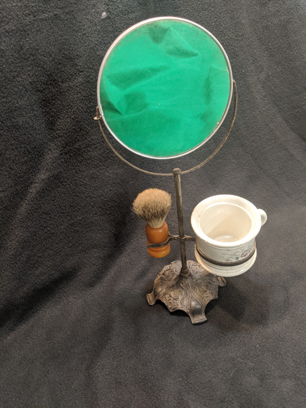 Vintage Made Right Shaving Brush w Mug and Mirror