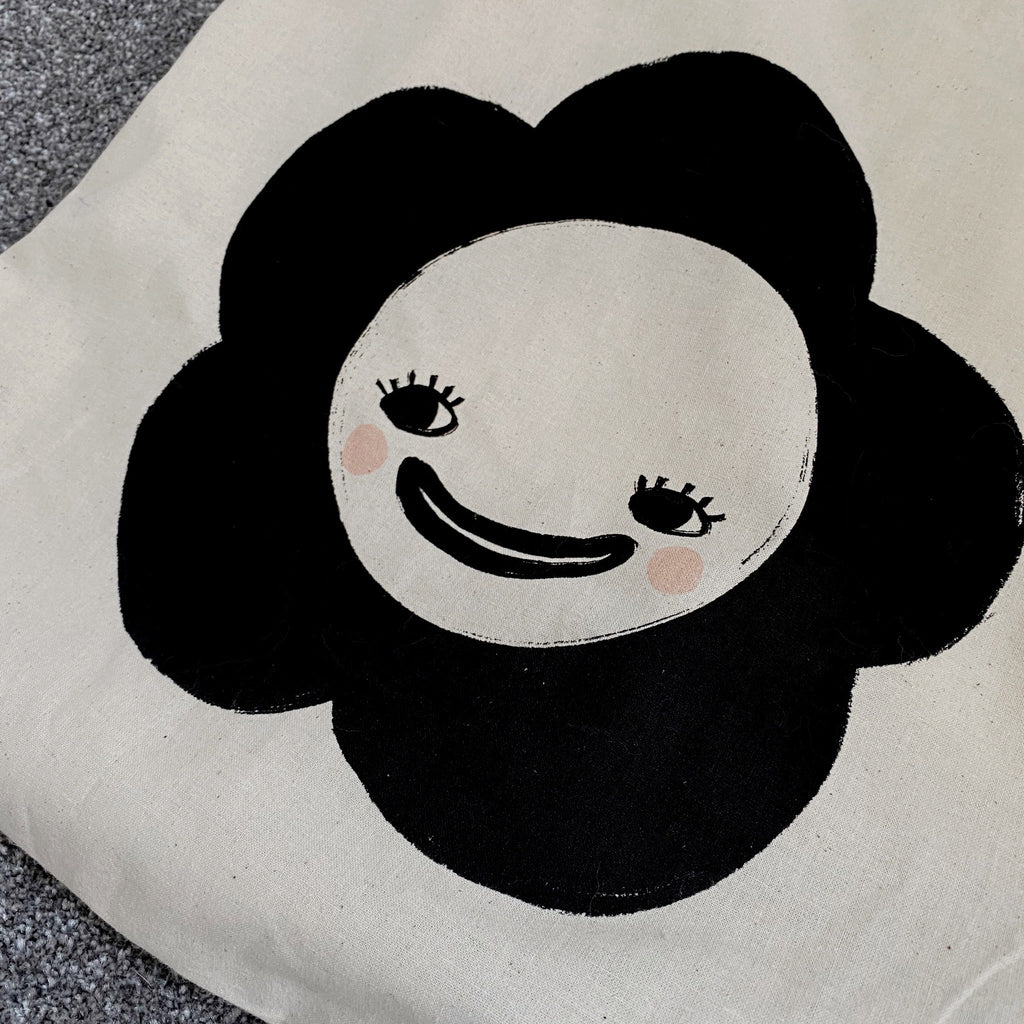 Lois Hannah: Friendly Flower Organic Tote