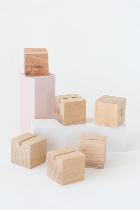 Beech Cube Place Card Holders (8)