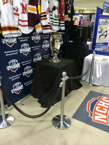 2015 Frozen Faceoff Trophy Stanchions And Rope