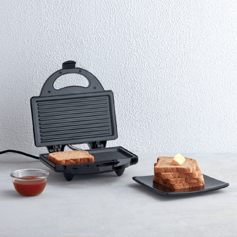 750 Watt 4 Slice Grill Sandwich Maker