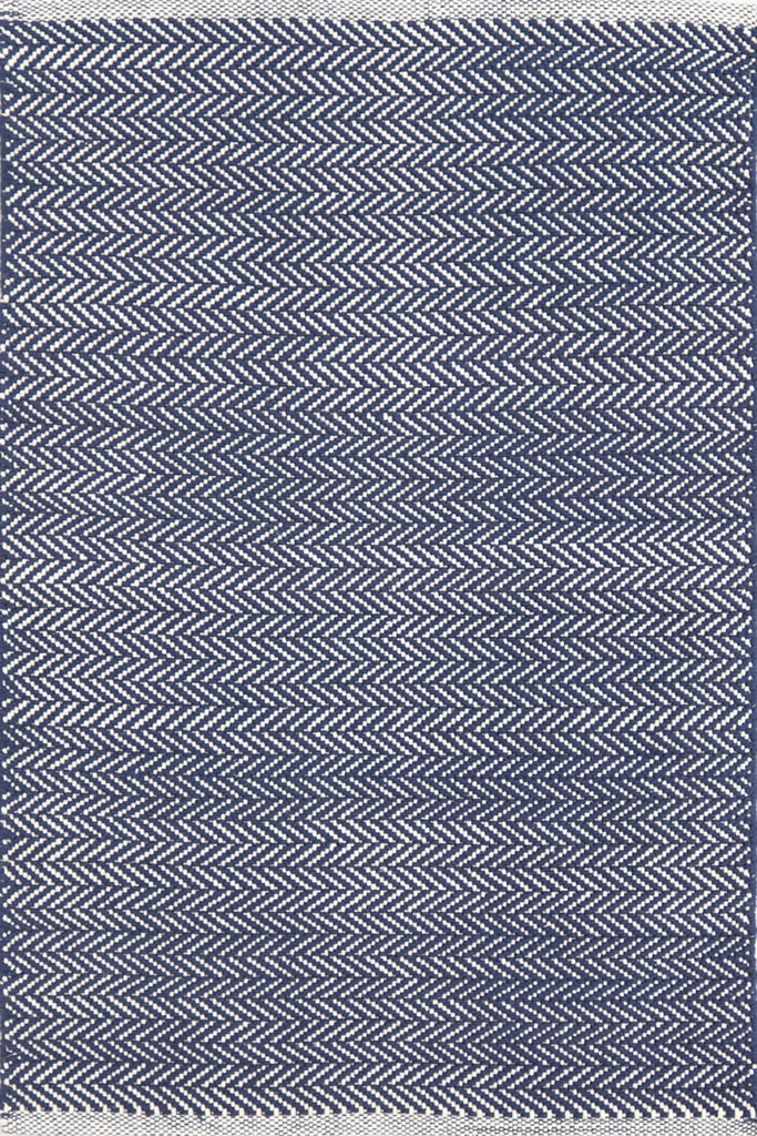 Dash & Albert Herringbone Indigo & White Indoor/ Outdoor Rug