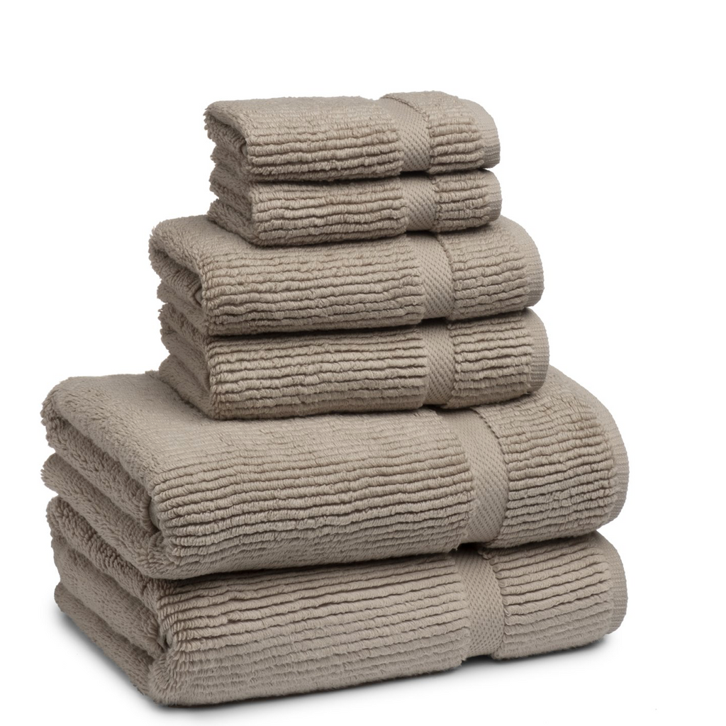 Mateo Ribbed Concrete Marble Tan Bath Towel