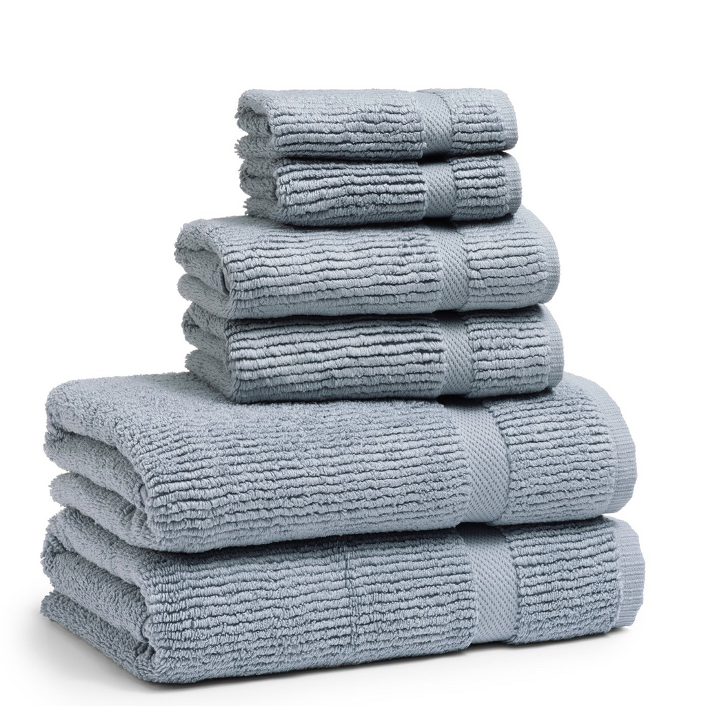 Mateo Ribbed Water Blue Bath Towel