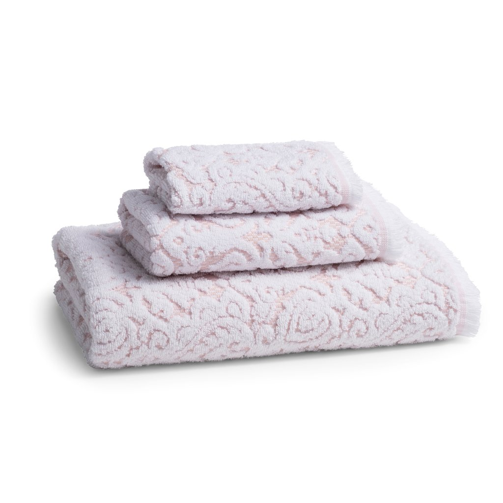 Dalia Blush Bath Towel