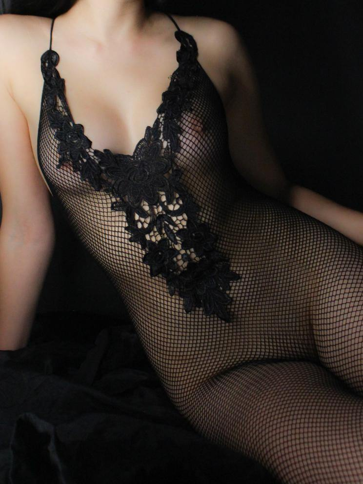 BODYSTOCKING CROTCHLESS FISHNET PLUNGE NECK FLORAL BLACK