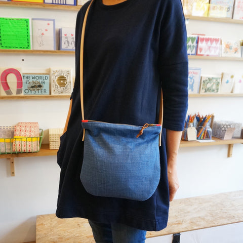 Linen shoulder bag - denim