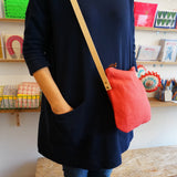 Linen shoulder bag - postbox red