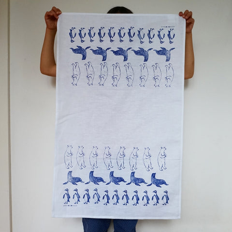 Tea towel-winter animal