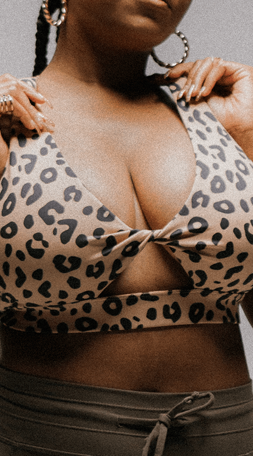 "Brooklyn Bra In ""Welcome To The Jungle"""