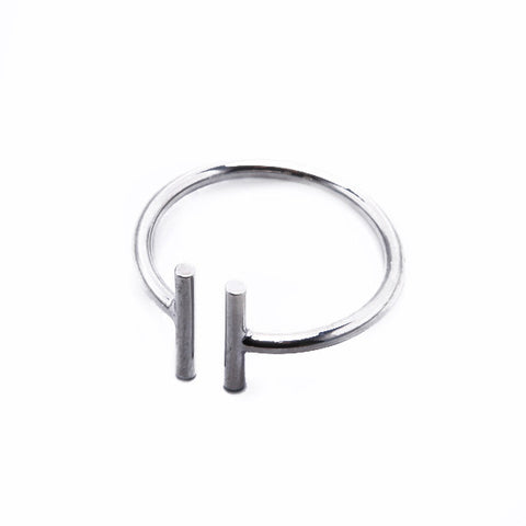 Double T Ring - Silver