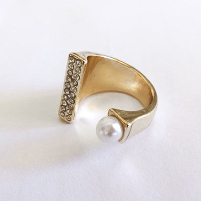 ELYSE Pearl and Rhinestone Ring